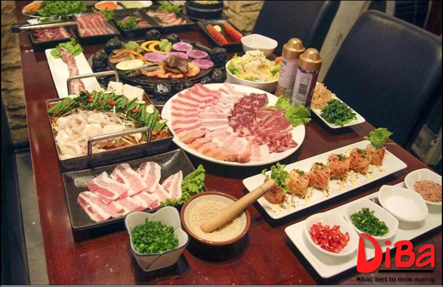 Rất nhiều nhà hàng và quán ăn đã nhanh chóng cập nhật thực đơn món nướng đá để thu hút thực khách.